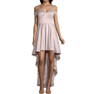 My Michelle Sleeveless 'Blush' Fitted Gown